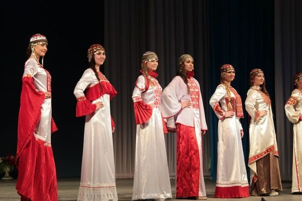 посуточно чувашские нароные песни в современной госуслуги улице