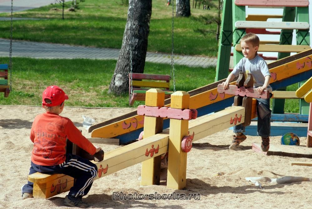 Игровая площадка для детей во дворе своими руками