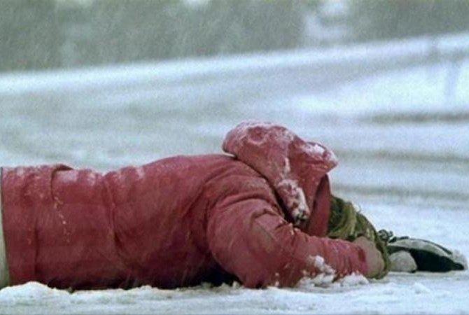 ВЧувашии пенсионерка замерзла усвоего дома после поминок