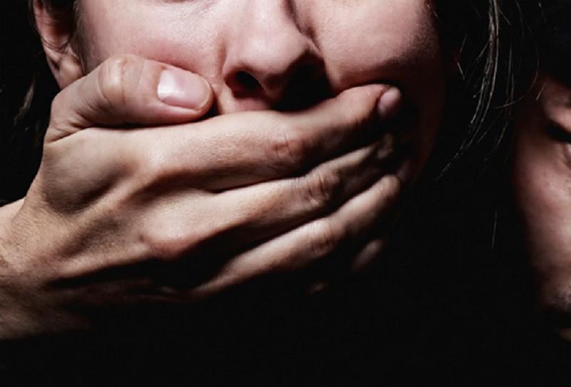 ВЧебоксарах трое мужчин изнасиловали знакомую всауне