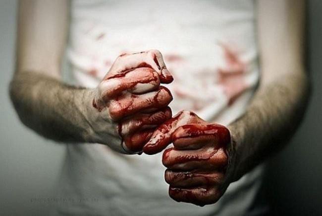 21-летний чебоксарец перепутал квартиры иубил владельца, приняв его завора