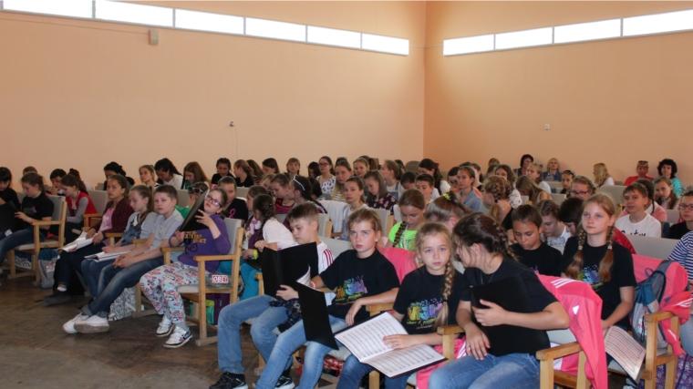 Молодая анапчанка Мария Скоропад споёт всоставе Детского ансамбля РФ