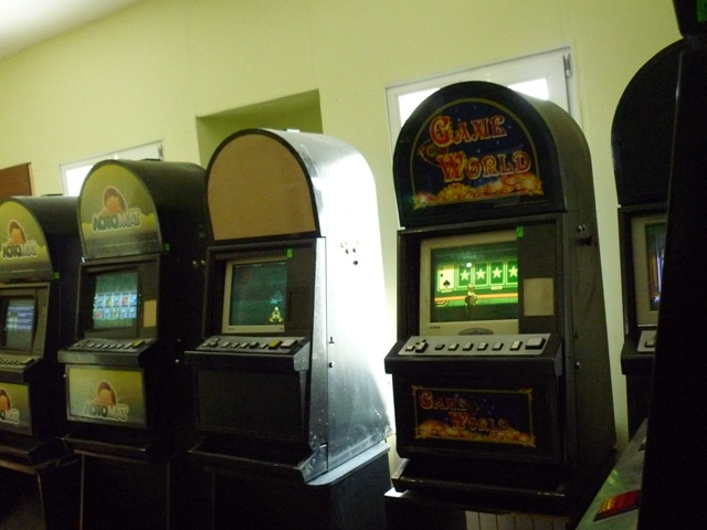 Игровые автоматы в канаше бесплатно игровые автоматы без регистрации и смс сейчас играть