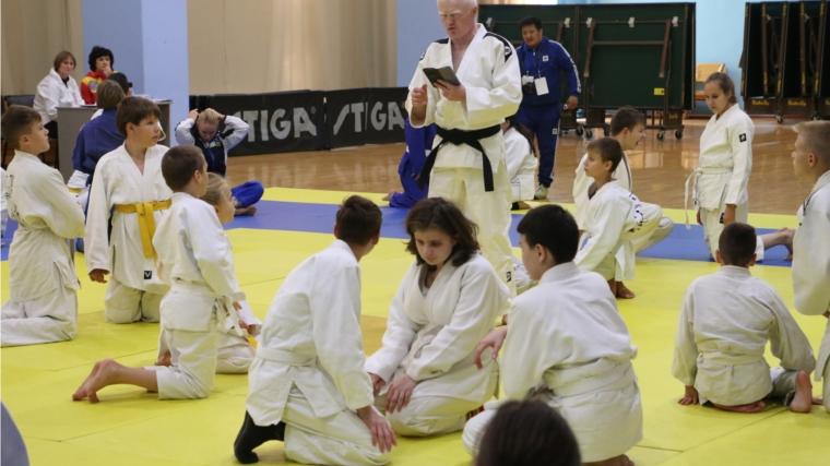 Молодые рязанцы удачно выступили наСпартакиаде детей-инвалидов позрению «Республика спорт»