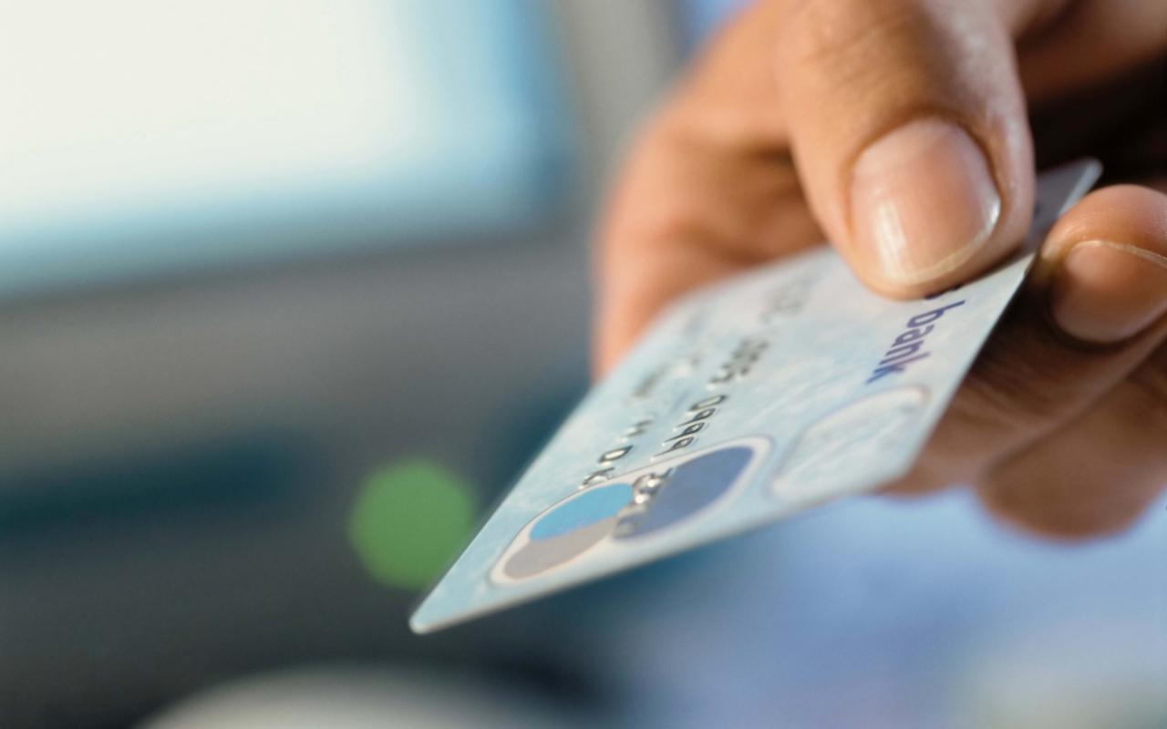 Кража денег кредитной карты может