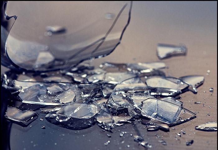 54-летний гражданин Чебоксар скинул стеклянную банку наголову 8-летнему парню