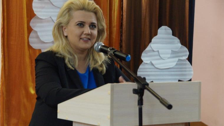 Замглавы администрации города Чебоксары Алла Салаева провела встречу с жителями Ленинского района