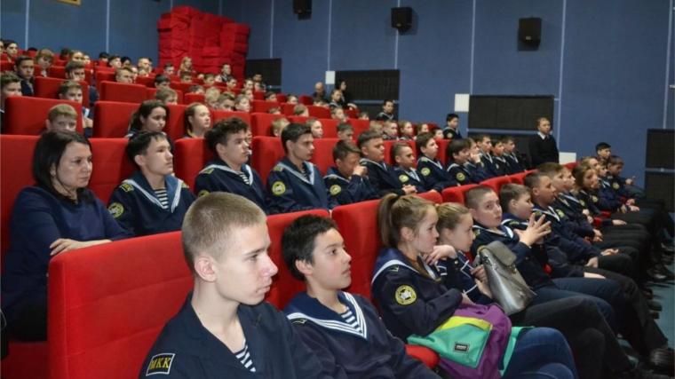 В РФ стартовала акция ОНФ «Уроки мужества»