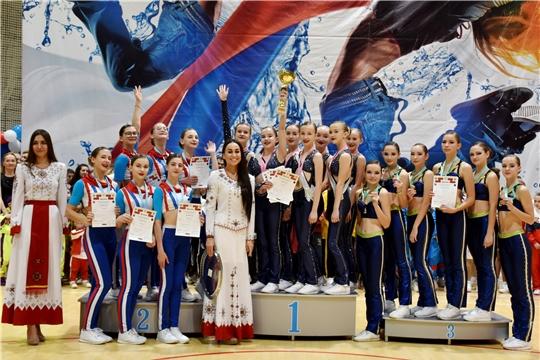 Более 1300 спортсменов выступили в Чебоксарах на Всероссийских соревнованиях по фитнес-аэробике