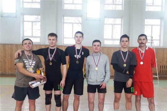 Подведены итоги турнира по волейболу среди любительских команд города Чебоксары