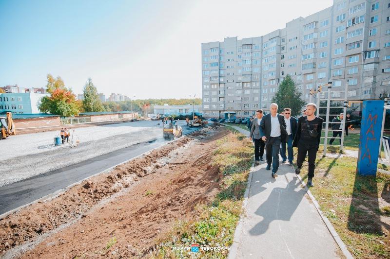 До конца октября в Чебоксарах завершится благоустройство дворовых территорий, фото-1